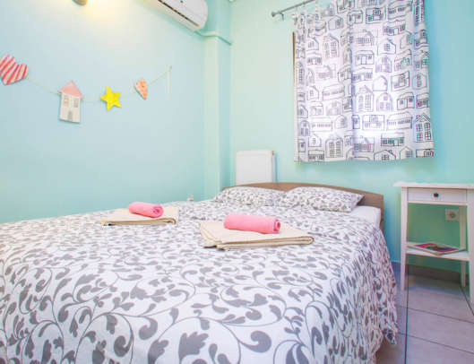 2.Deluxe Double Bed Private Ensuite (Room 6)